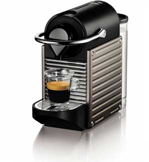 4 nespresso pixie espresso maker espressos and americano style coffee