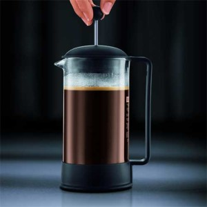 Bodum Brazil - pressing the plunger